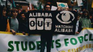 """Le """"cadeau"""" Alibaba, on n'en veut pas ! Rassemblement ce vendredi 17 janvier à Liège"""